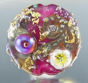 Bougainvillea focal bead
