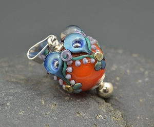 Coral Sea Bubble Crown - bead pendant