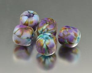 WILD LILIES - bead set (5)